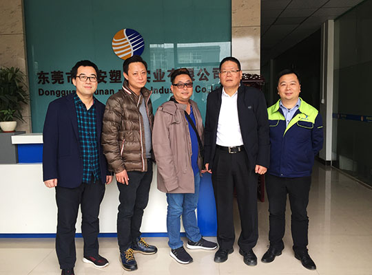Singapore customers visit the factory